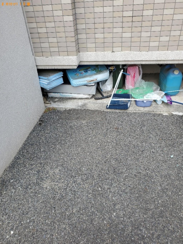 【岡山市中区】テレビ、カーペット、食器棚、布団、収納棚等の回収